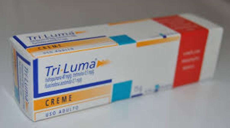 Hydroquinone (4%) + Tretinoin (0.05%) + Fluocinolone acetonide (0.01%)  Generic Cream 15 gm