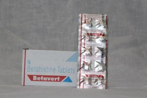 A box and a strip of Betaserc 8 mg Generic tablets - Betahistine