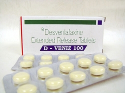 A box and blister pack of desvenlafaxine succinate 100mg tablet