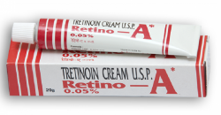 A box and a tube of generic TRETINOIN 0.05 Percent Cream